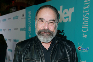 Mandy Patinkin Premiere of Lionsgate's 'Wonder' - Red Carpet