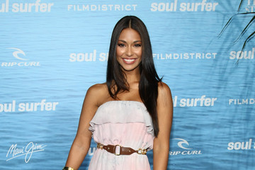 "Manuela Arbelaez Premiere Of TriStar Pictures' ""Soul Surfer"" - Red Carpet"