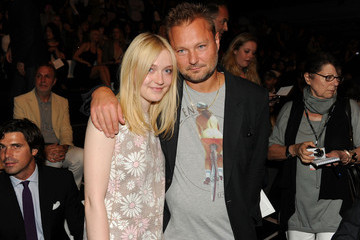 Dakota Fanning Marc Jacobs Collection - Front Row - Spring 2012