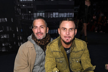 Marc Jacobs Moschino X H&M - Front Row