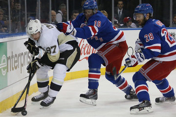 Marc Staal Sidney Crosby Pittsburgh Penguins v New York Rangers
