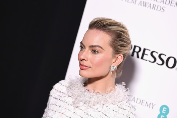 EE British Academy Film Awards Nominees Party - Red Carpet Arrivals [hair,face,hairstyle,eyebrow,skin,lip,beauty,ear,chin,cheek,red carpet arrivals,margot robbie,nominees party,ee,england,london,kensington palace,british academy film awards,nominees party]