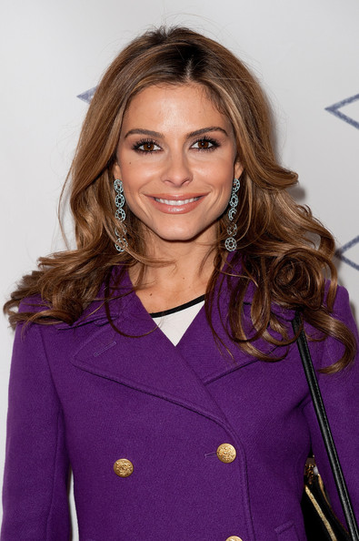 http://www2.pictures.zimbio.com/gi/Maria+Menounos+Pencils+Promise+2011+Charity+mto-GqCVSRkl.jpg