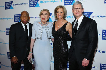 Marianna Vardinoyannis Robert F. Kennedy Human Rights Hosts Tthe 2015 Ripple of Hope Awards