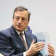 Mario Draghi Central Bank Leaders Discuss Central Bank Communication
