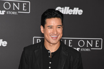 Mario Lopez Premiere of Walt Disney Pictures and Lucasfilm's 'Rogue One: A Star Wars Story' - Arrivals