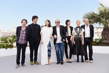 Marion Cotillard Louis Garrel 'Ismael's Ghosts (Les Fantomes d'Ismael)' Photocall - The 70th Annual Cannes Film Festival