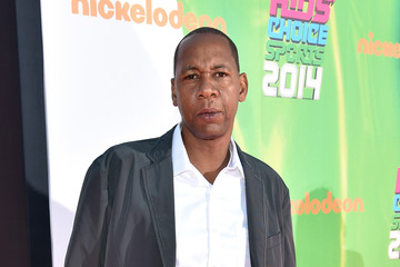 Mark Curry Arrivals at the Nickelodeon Kids' Choice Sports Awards — Part 2