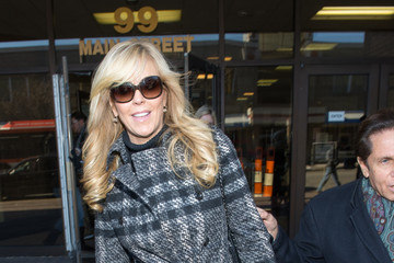 Mark Heller Dina Lohan Arrives at Court