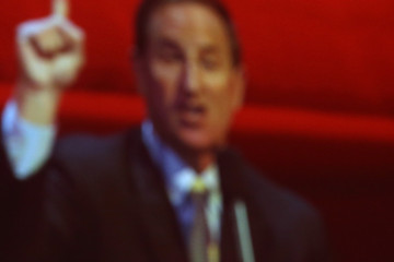 Mark Hurd Mark Hurd Speaks at Oracle Open World