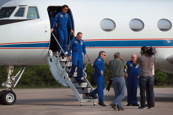 Shuttle Endeavour Astronauts Arrive For Monday's Launch