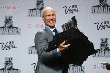 Mark Messier 2017 NHL Humanitarian Awards
