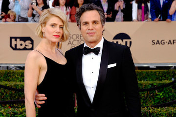 Mark Ruffalo The 22nd Annual Screen Actors Guild Awards - Trophy Room