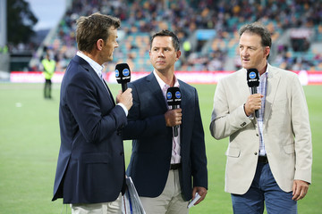 Mark Waugh BBL - Hurricanes v Strikers