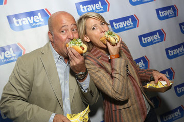 Martha Stewart Top Dog - A NY Hot Dog Competition Hosted by Andrew Zimmern
