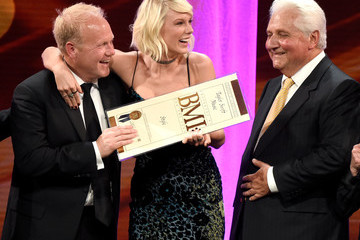 Martin Bandier Broadcast Music Inc. (BMI) Honors Taylor Swift and Songwriting Duo Mann & Weil at The 64th Annual BMI Pop Awards