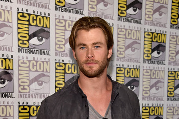 Chris Hemsworth Is Looking Scruffy These Days