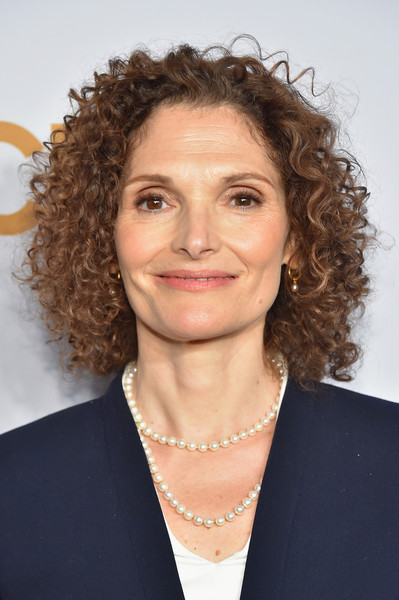 Mary Elizabeth Mastrantonio Nude Photos 22
