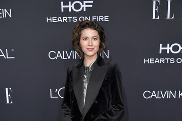 Mary Elizabeth Winstead ELLE's 25th Annual Women In Hollywood Celebration Presented By L'Oreal Paris, Hearts On Fire And CALVIN KLEIN - Red Carpet