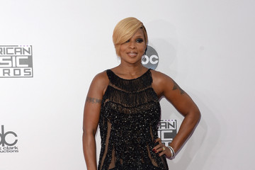 Mary J. Blige Arrivals at the American Music Awards — Part 3