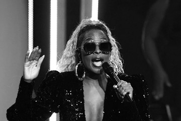 Mary J. Blige Mary J. Blige Performs in Concert at Palms Casino Resort in Las Vegas