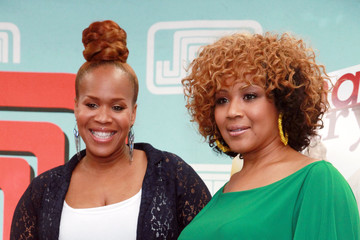 """Tina Atkins-Campbell Mary Mary Sign Copies Of Their CD """"Go Get It"""""""