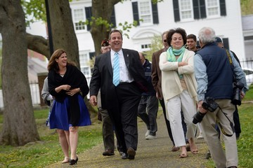 Mary Pat Foster NJ Governor Chris Christie Gives Foreign Policy Speech in New Hampshire