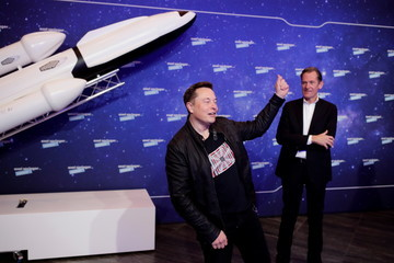 Mathias Doepfner Elon Musk Awarded With Axel Springer Award In Berlin