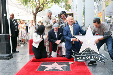 Matt LeBlanc Stacy Keach Honored With A Star On The Hollywood Walk Of Fame