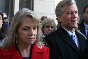 Maureen McDonnell Bob McDonnell Arrives at Court