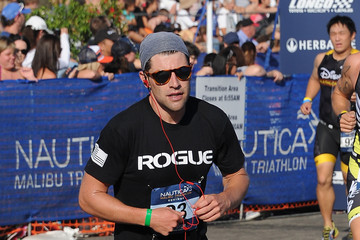 Max Greenfield Nautica Malibu Triathlon Presented By Equinox