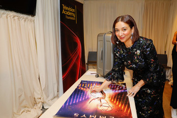 Maya Rudolph Backstage Creations Giving Suite At The Emmy Awards - Day 2