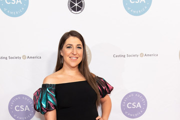 Mayim Bialik The Casting Society Of America's 34th Annual Artios Awards - Arrivals