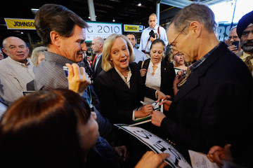 Griff Harsh Meg Whitman Campaigns At A Business In Riverside County