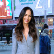 Megan Fox David Alan Grier And Megan Fox Visit 'Extra'