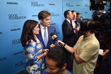 Mehmet Oz 2018 GOOD+ Foundation 'An Evening of Comedy + Music' Benefit Presented By Samsung Electronics America - Arrivals & Cocktail Reception