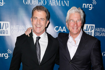 Photo of Mel Gibson & his friend actor  Richard Gere -