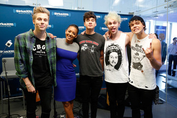 Melanie Brown 5 Seconds of Summer Performs in NYC