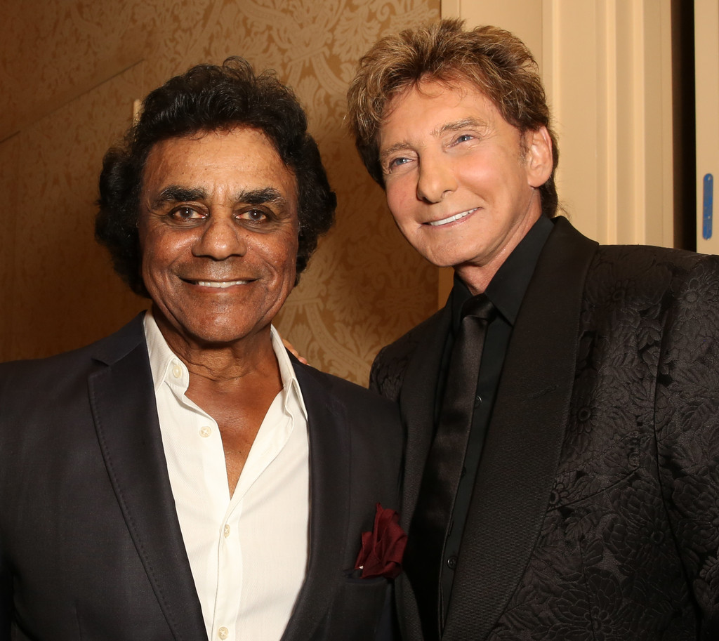 Barry Manilow and Johnny Mathis s s Mercedes Benz