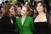 (FromL) German director and member of the Feature Film jury Maren Ade, US actress and member of the Feature Film jury Jessica Chastain and French actress and director and member of the Feature Film jury Agnes Jaoui pose as they arrive on May 21, 2017 for the screening of the film 'The Meyerowitz Stories (New and Selected)' at the 70th edition of the Cannes Film Festival in Cannes, southern France.  / AFP PHOTO / Anne-Christine POUJOULAT