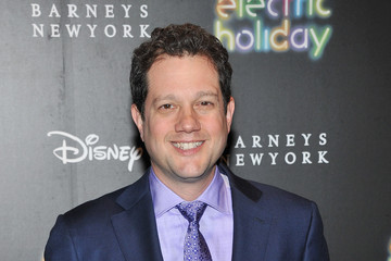 Michael Giacchino Barneys New York And Disney Electric Holiday Window Unveiling Hosted By Sarah Jessica Parker, Bob Iger, And Mark Lee - Arrivals