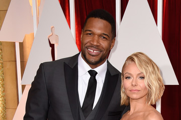 Michael Strahan Kelly Ripa Arrivals at the 87th Annual Academy Awards — Part 3