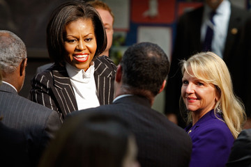 Maureen McDonnell Michelle Obama Discusses Surgeon General's Report On Obesity