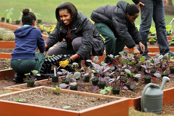 Michelle Obama Photos Photos Michelle Obama Helps Plant Third White House Kitchen Garden Zimbio