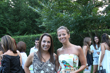 Michelle Smith Hamptons Magazine Celebrates A Ladies Private Dinner Hosted By Samantha Yanks