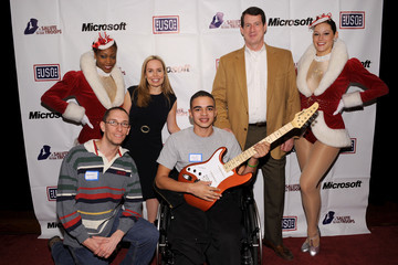 """Nikki Hester Microsoft and the USO's """"A Salute To Our Troops"""" Wounded Warrior Luncheon"""
