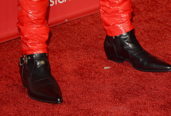 Miguel Recording artist Miguel (fashion detail) attends The 2014 MusiCares Person Of The Year Gala Honoring Carole King at Los Angeles Convention Center on January 24, 2014 in Los Angeles, California.