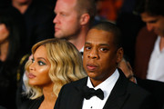 Beyonce Knowles and Jay-Z look on before Miguel Cotto takes on Canelo Alvarez in their middleweight fight at the Mandalay Bay Events Center on November 21, 2015 in Las Vegas, Nevada.
