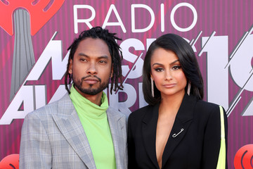 Miguel Nazanin Mandi 2019 iHeartRadio Music Awards - Red Carpet