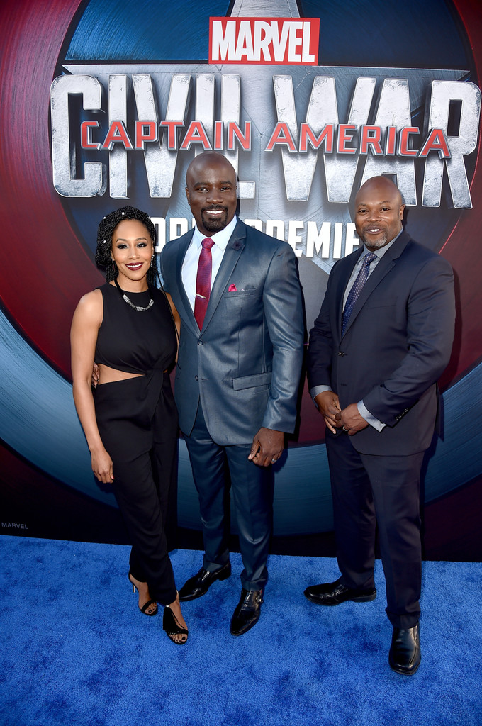 http://www2.pictures.zimbio.com/gi/Mike+Colter+Premiere+Marvel+Captain+America+qP659MS5Ll4x.jpg